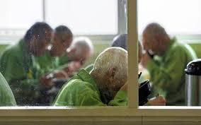 老人ホーム化する刑務所