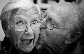 恋愛が認知症予防に効果的な理由