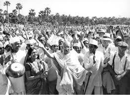 塩の行進と非暴力で独立を勝ち取ったマハトマガンジー