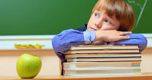自閉症 (スペクトラム) の症状と特徴!ADHDとの違いは?
