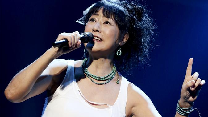 母親の虐待で「急性ストレス障害」に陥った歌手のEPOさん